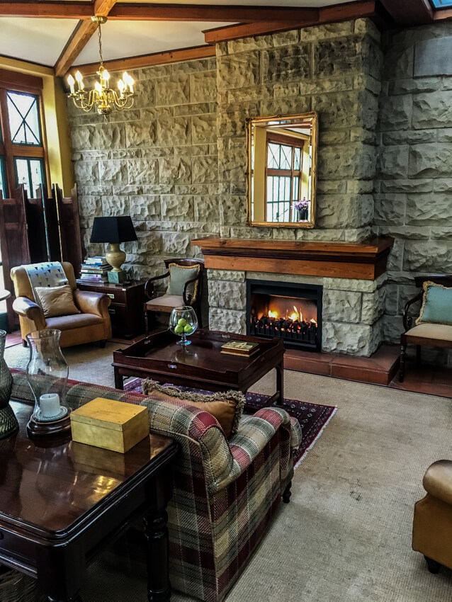 Lounge at De Hoek Country Hotel