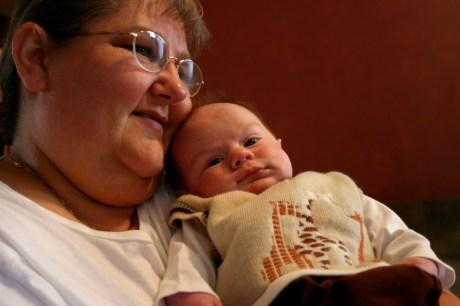 Jaquita with newborn Benjamin in 2007.
