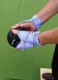 Noreen enjoying her Simply Joolz Sungloves for Bowls
