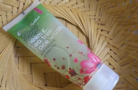 Aroma Magic Neem And Tea Tree Face Wash
