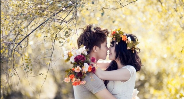 Hd wall paper of cute couple kising