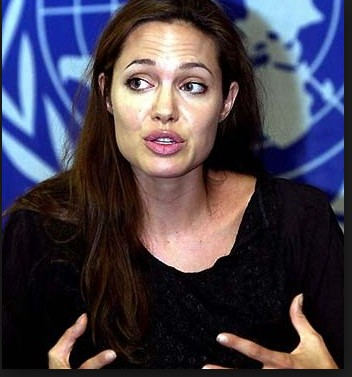 Angelina Jolie With Out Make Up 8
