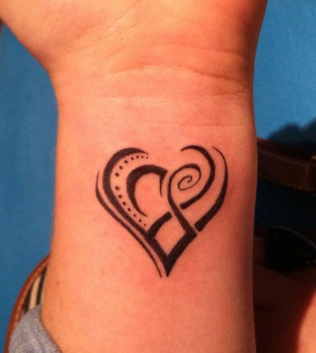 Maori symbol tattoo design