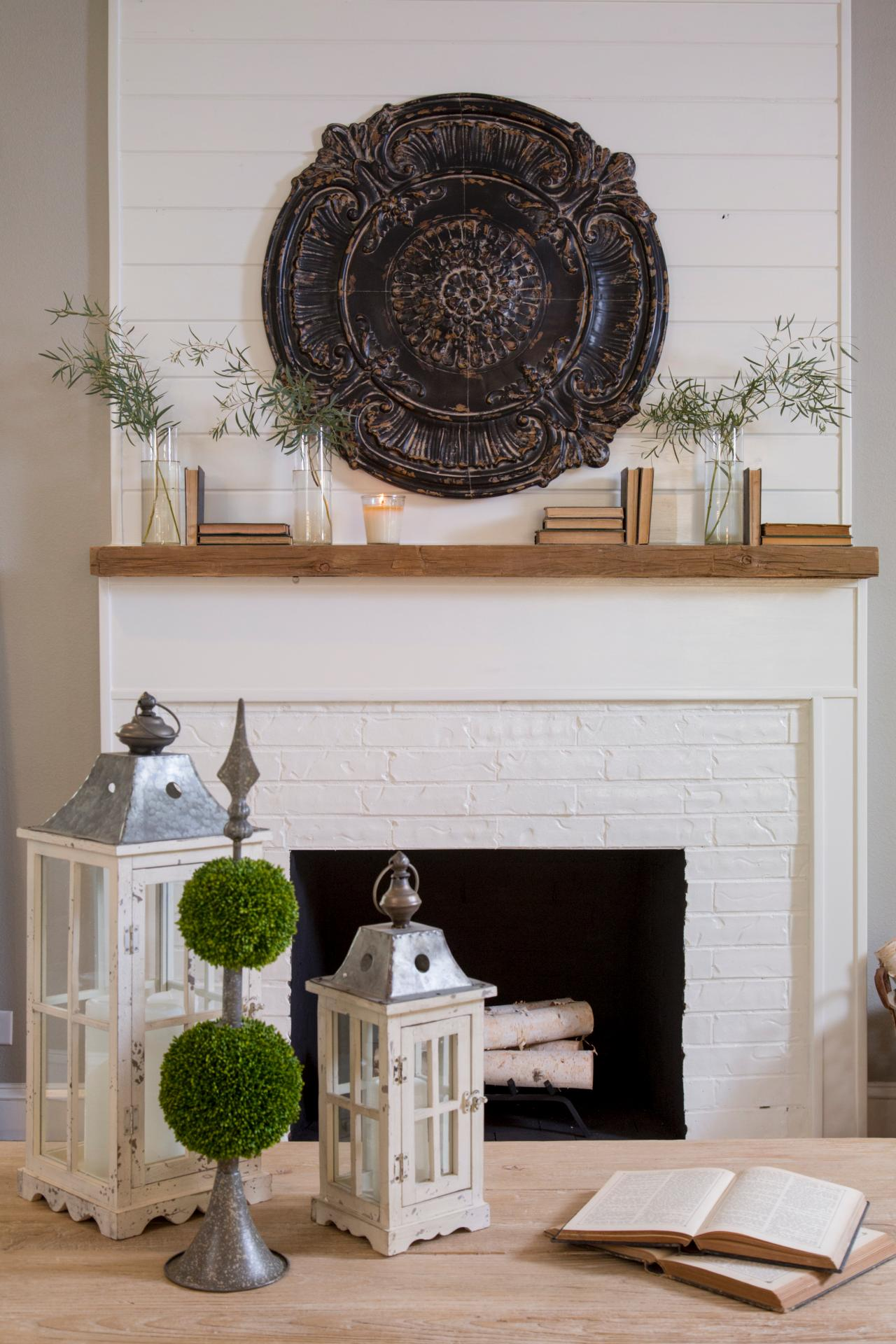 Joanna Gaines Farmhouse Mantel How To Get The Vintage Farmhouse Look Think Fixer Upper