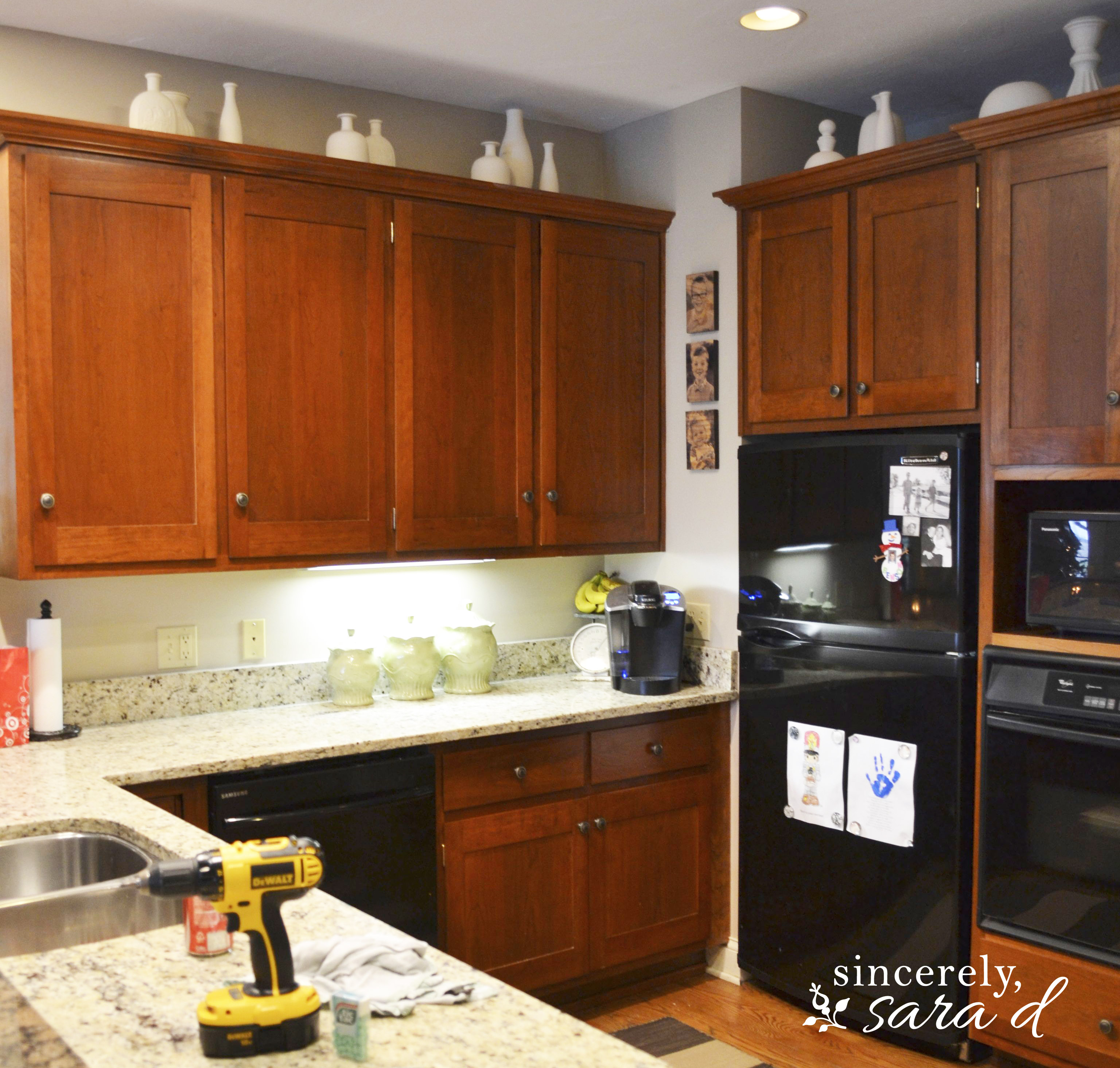 Chalk Paint Kitchen Cabinets Painting Cabinets With Chalk Paint Sincerely Sara D