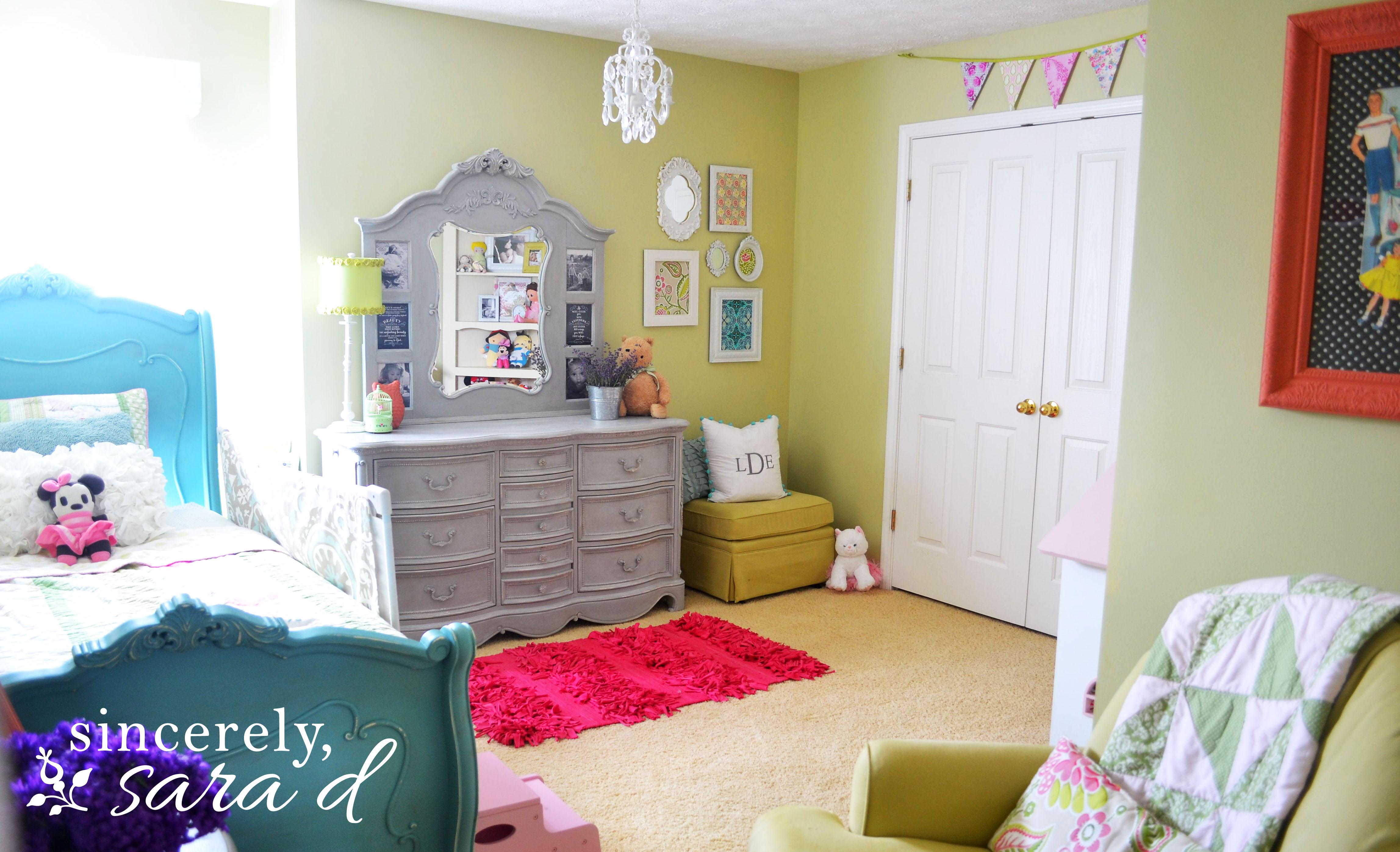 How To Decorate A Small Bedroom For A Teenager The Big Girl Room Redo Sincerely Sara D