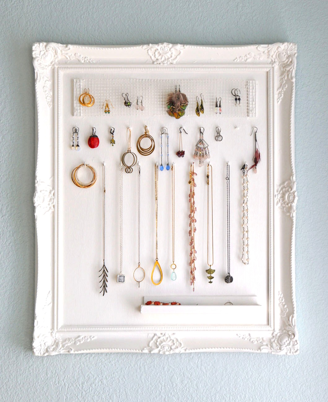 Schmuck Bilderrahmen 23 Jewelry Display Diys! | Sincerely Yours
