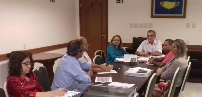 Conselheiros reúnem-se para analisar gestão