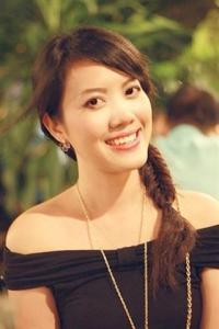 vietnamese-girl-hong-yen-small
