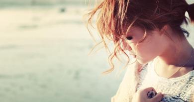 Từ bỏ một thứ không thuộc về mình... chưa bao giờ là điều dễ dàng