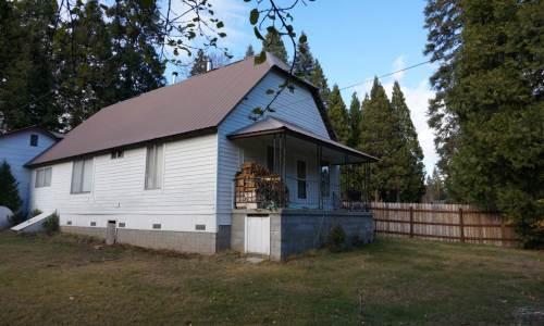loggers vintage house McCloud CA (1)