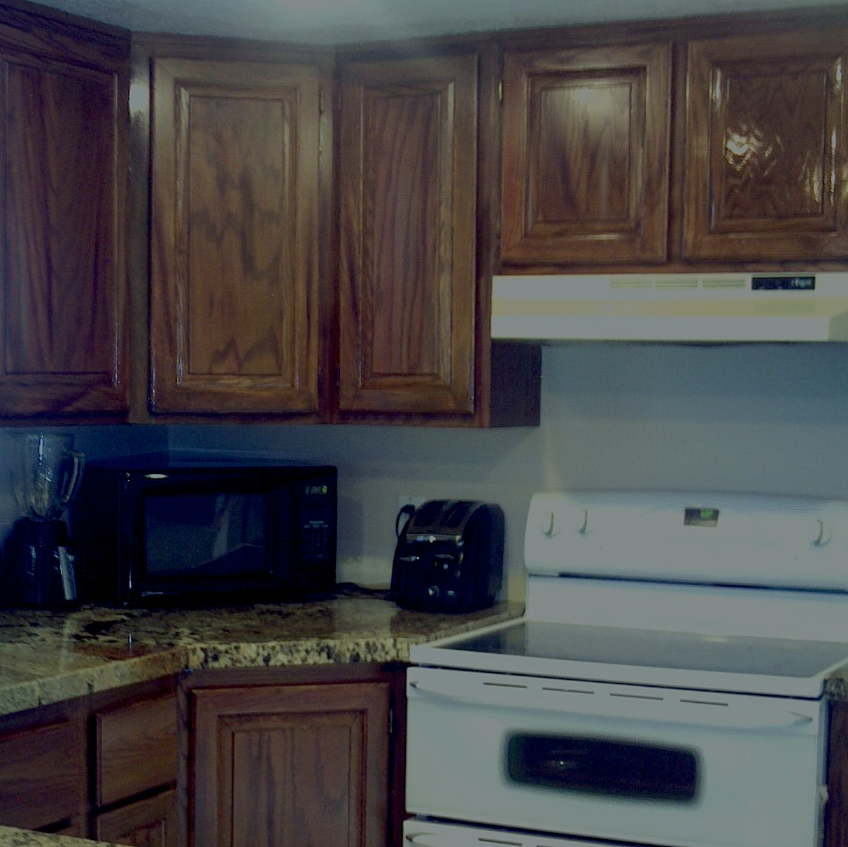 Matching Countertops With Cabinets Cabinets Refinished To Match Countertops