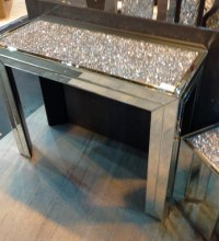 *Diamond Crush Crystal Sparkle Console Table Item in stock
