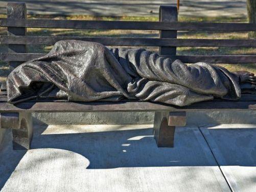 635830241142010733-HomelessJesusStatue-6
