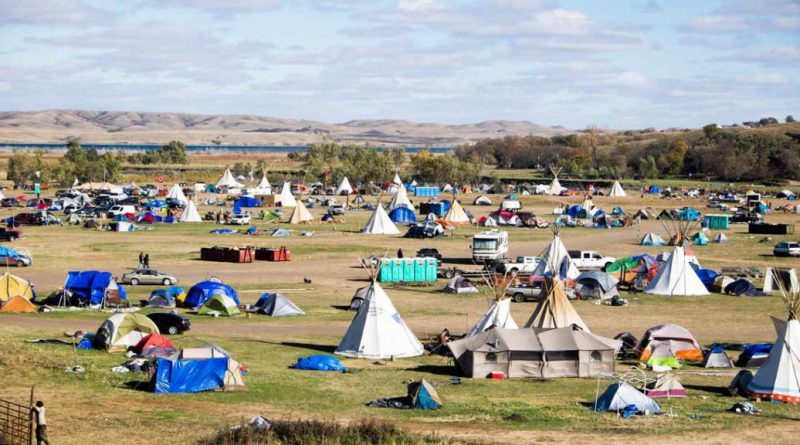 Native Americans put aside differences at Standing Rock to fight pipeline construction