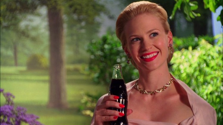betty-draper-coca-cola-mad-men.png