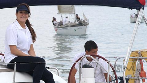 """Сани Жекова на борда на """"Domaine Boyar Lady Kaliakria"""".  Снимки: Николай Дончев/BGLive"""