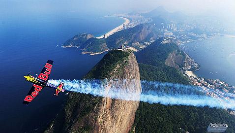 За Red Bull Air Race няма граници - в Рио 2000-та година