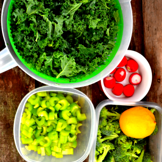 Top 7 Alkalizing Foods to include in your diet