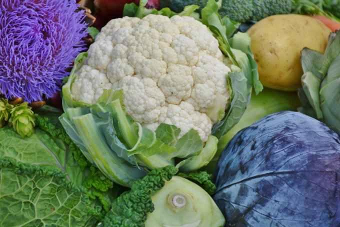 Cauliflower under 50 calories