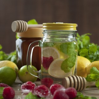 Flat Belly Raspberry Lemon Detox Water