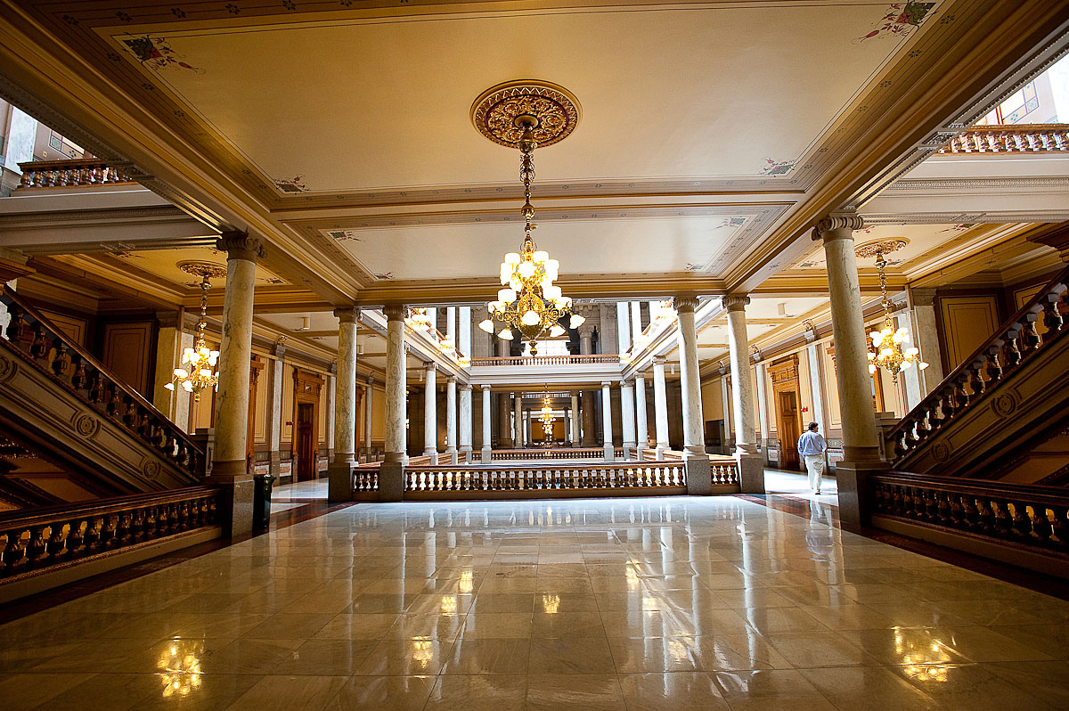 Pics Of Houses Inside Awesome Images Inside The Indiana State House Skipp