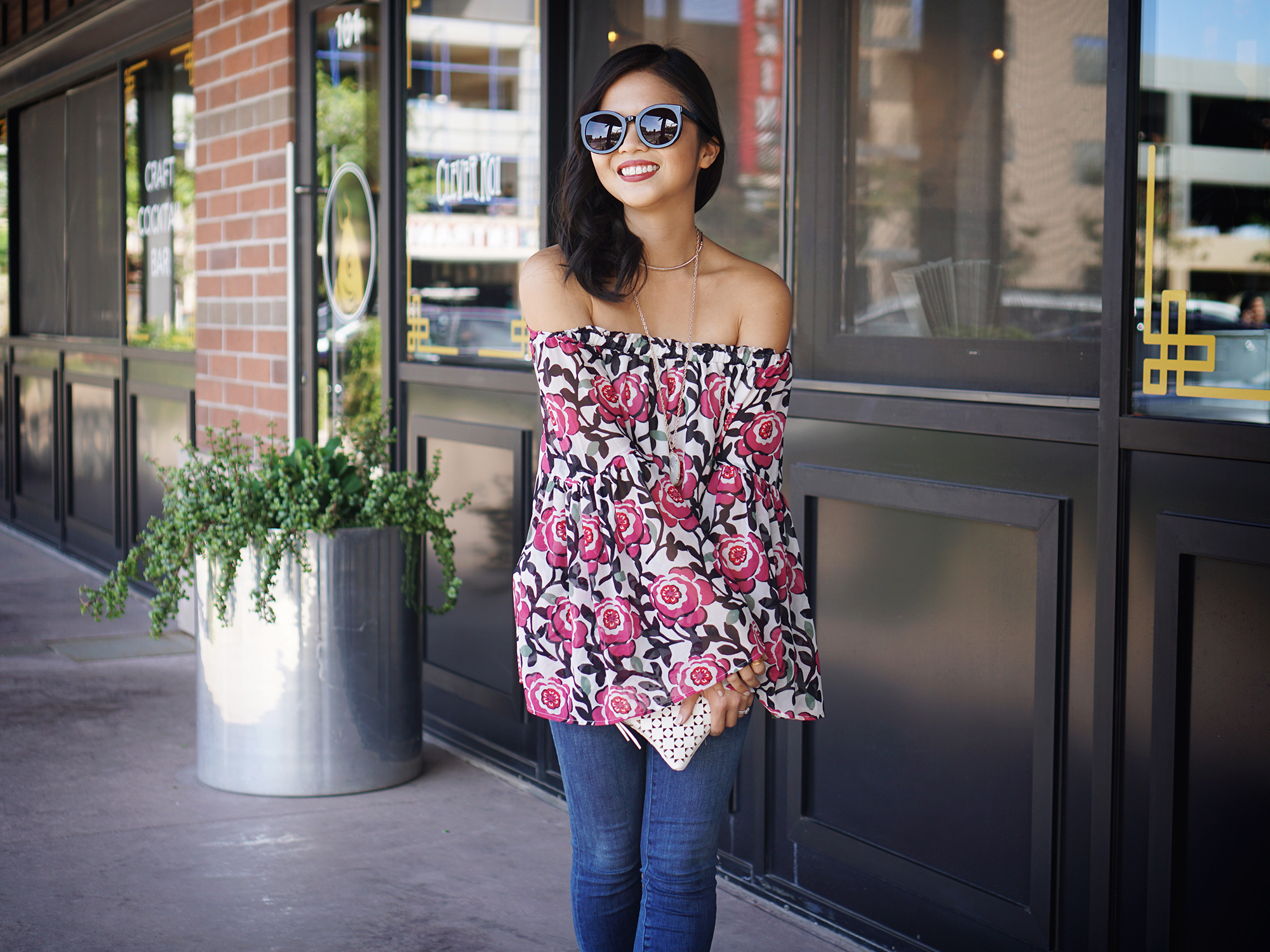 Skirt The Rules / Floral Off the Shoulder Top