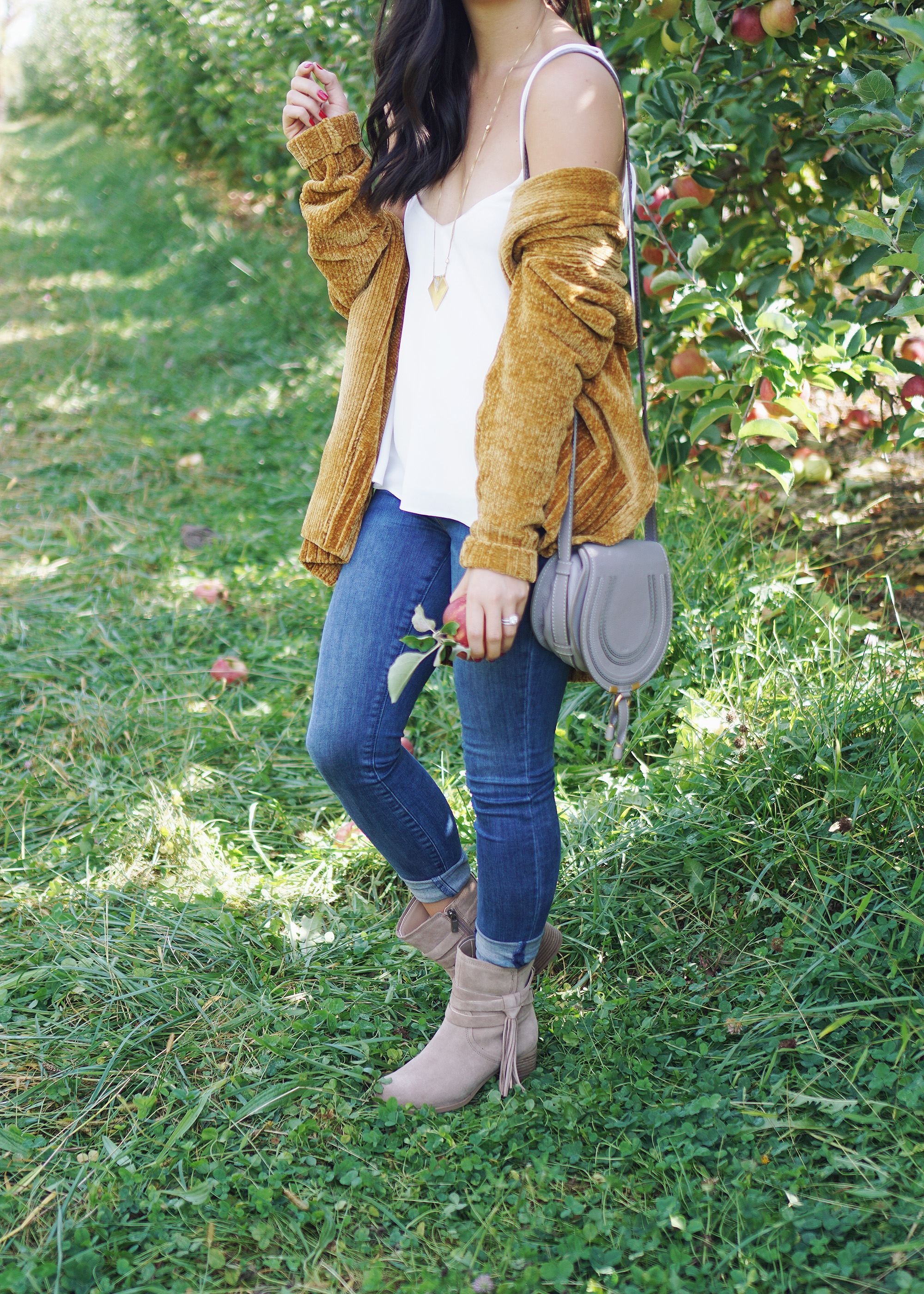 Fall Outfit Inspiration: Chenille Sweater & Skinny Jeans