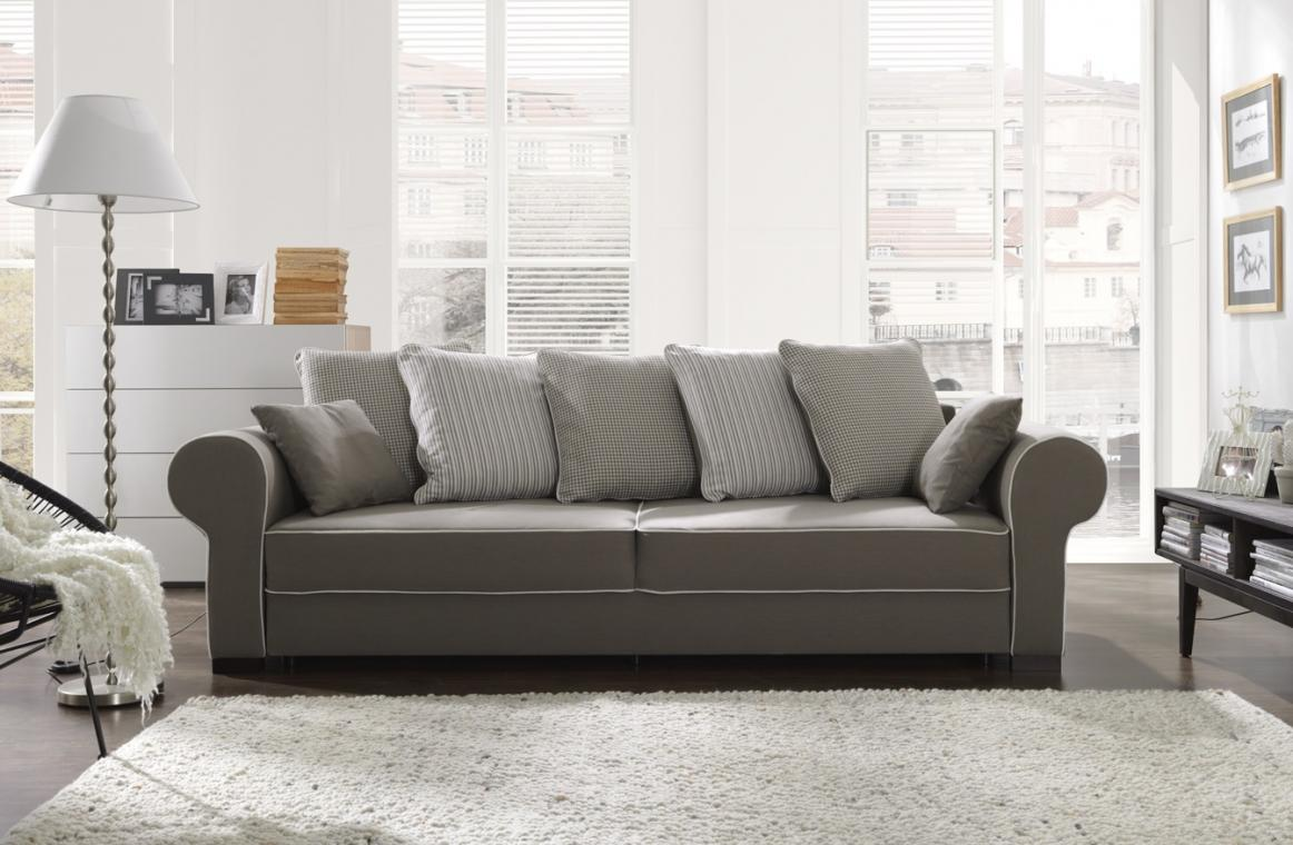 Chesterfield Sofa Mit Schlaffunktion 3 Sitzer Sofa Helen In Chesterfield Stil