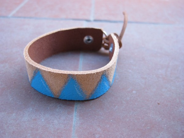 leather painted bracelet with blue triangles