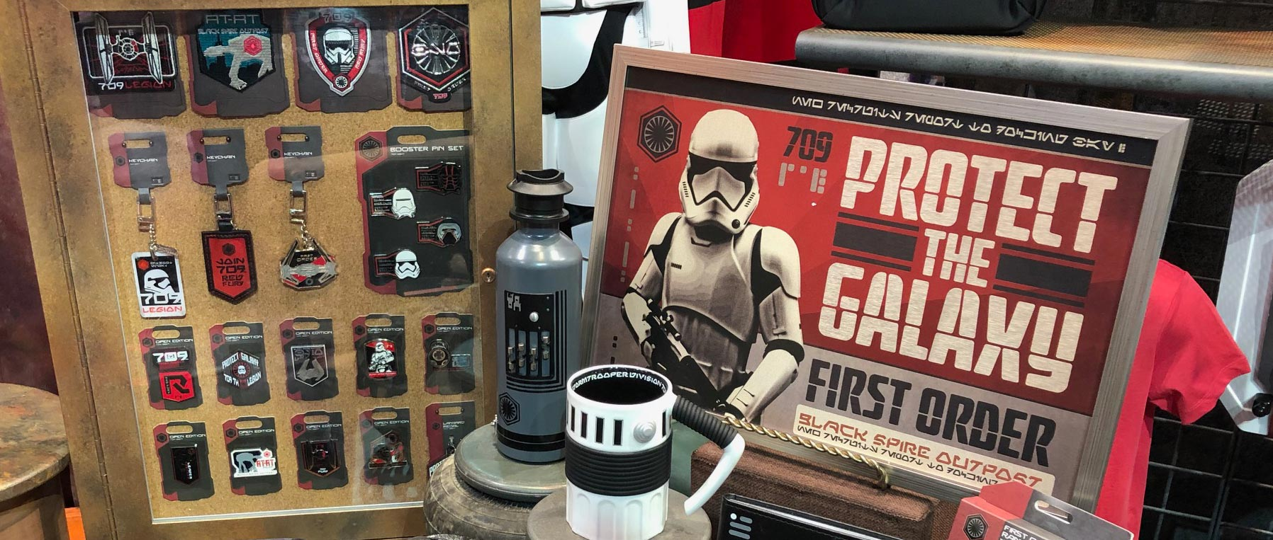 Star Wars House Items See Star Wars Galaxy S Edge Merchandise For The First Order And