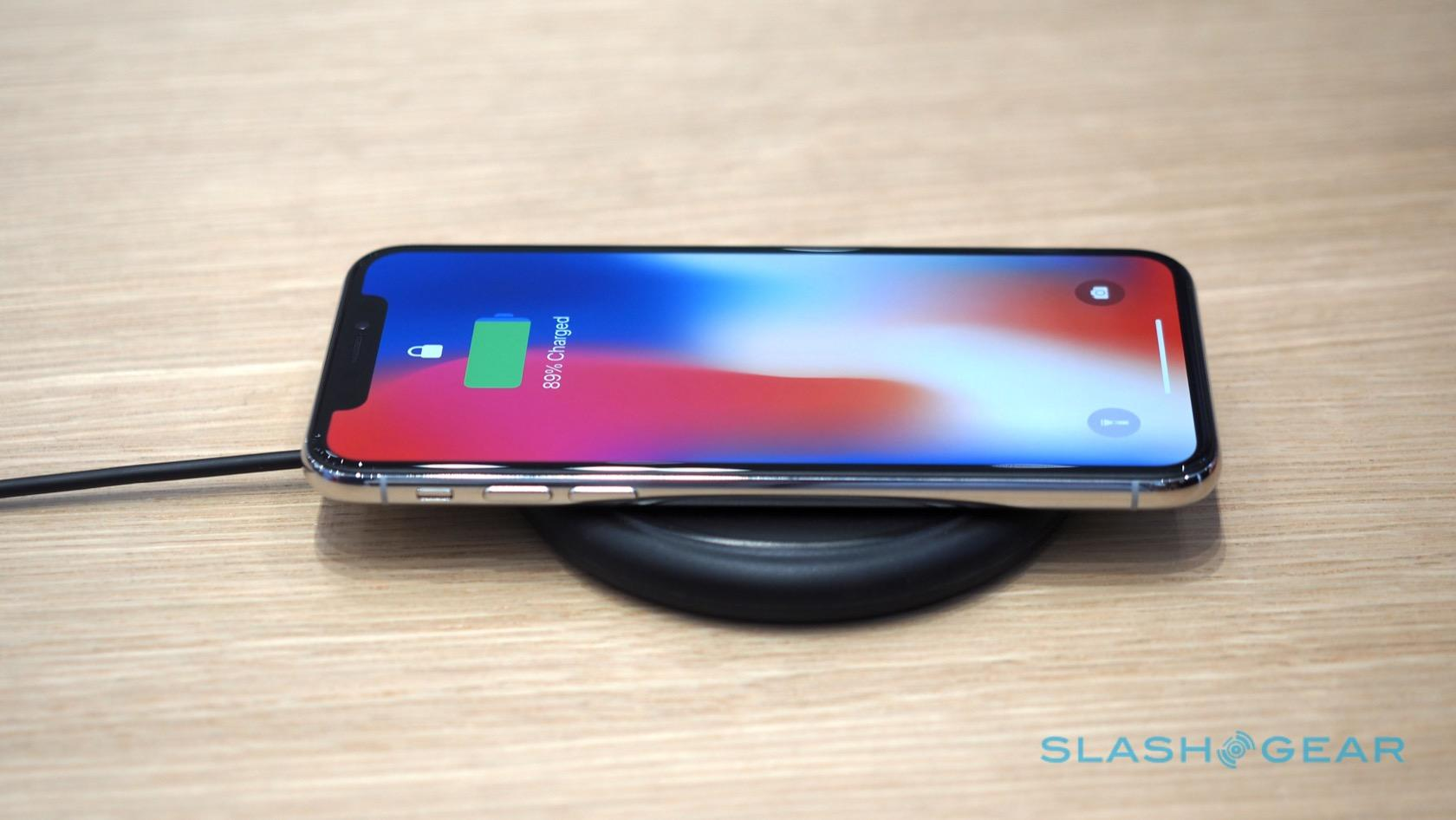 Wireless Charging Iphone Yes The Iphone X Supports Wireless Charging At Starbucks Slashgear