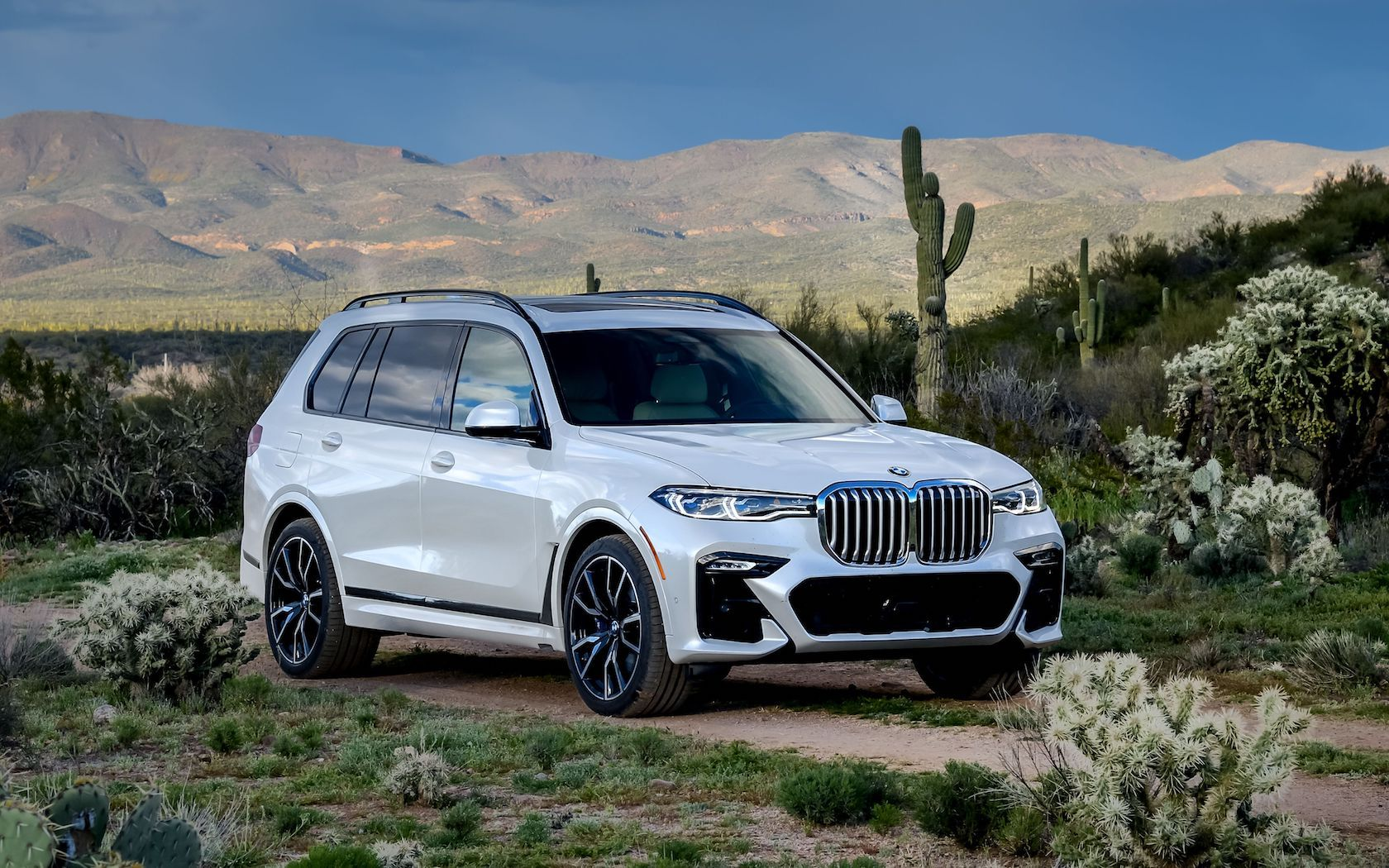 Seat Weiß 2019 Bmw X7 First Drive Unexpected Agility In A 7 Seat Luxury Suv