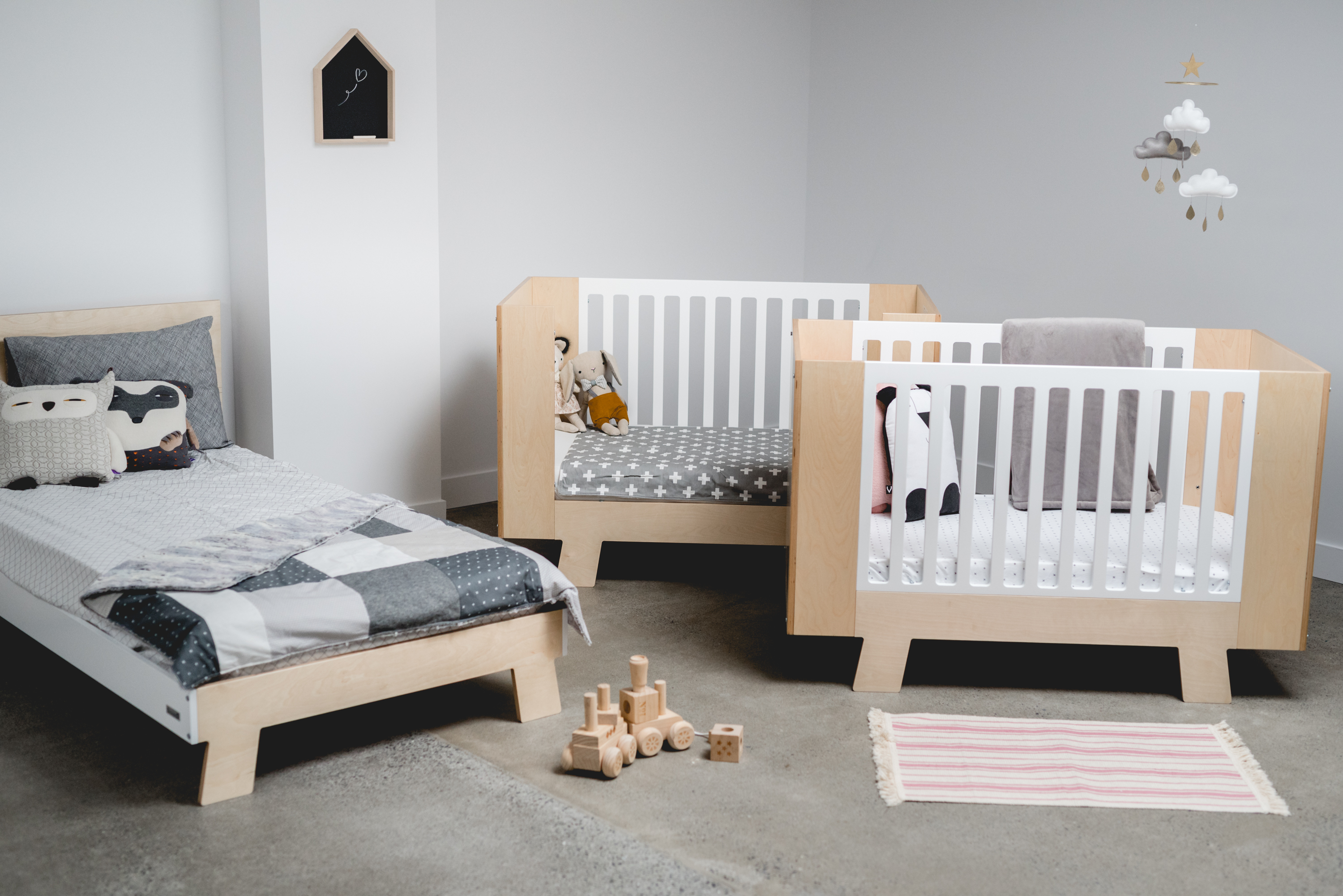 Shipping Furniture Canada Quick Ship Furniture For Baby Kids And Families Sleepy