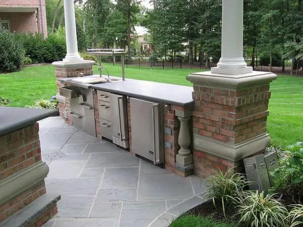 40 Fantastic Outdoor Kitchen Designs - SloDive - outside kitchen ideas