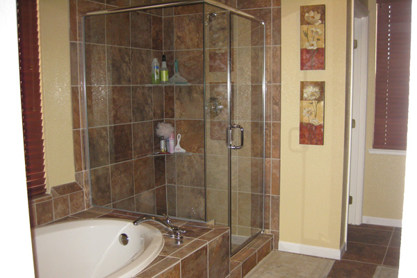 25 Useful Small Bathroom Remodel Ideas - SloDive - remodeling ideas for small bathrooms