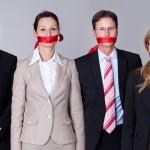 어뷰징 필드: 언론인의 자기 검열