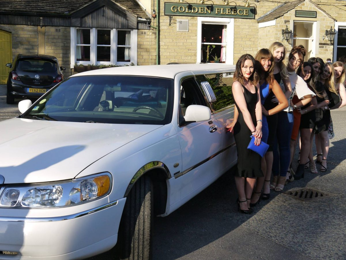 Limo Prom Prom Limo Hire Huddersfield