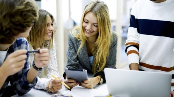 6 Ways Work Friendships Benefit Your Business -- and 7 Ways to Encourage Them