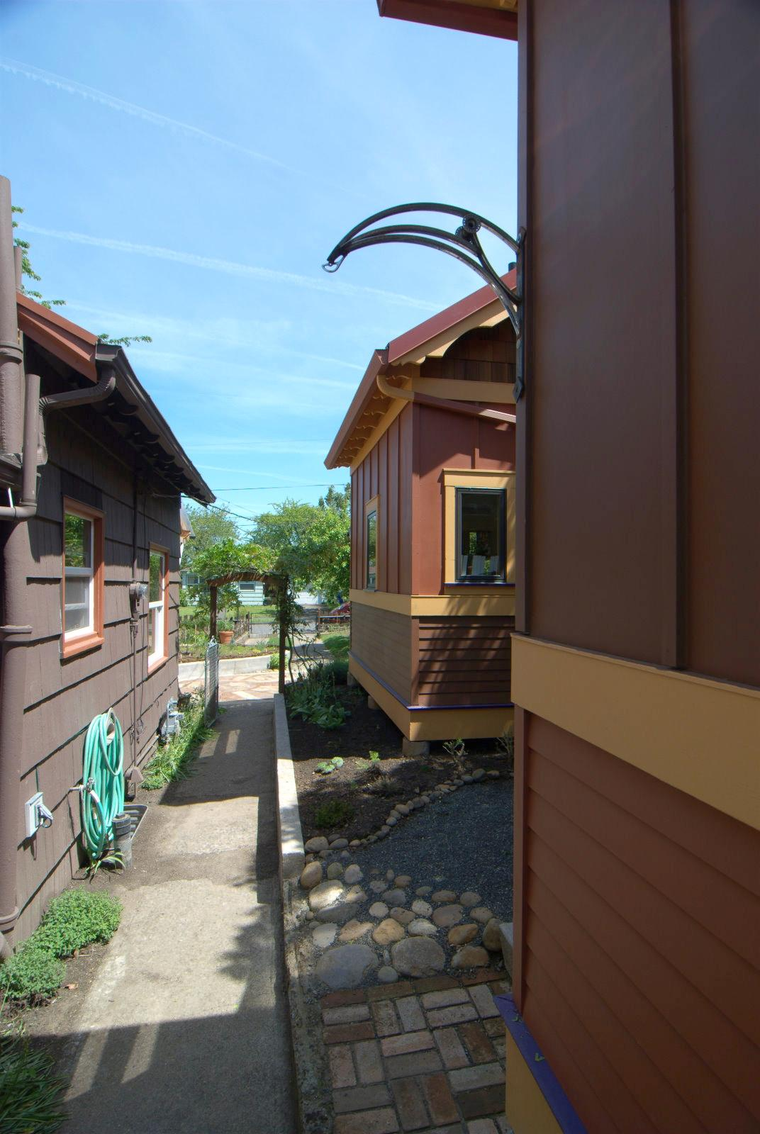 Gallery ruth s garden cottages small house bliss
