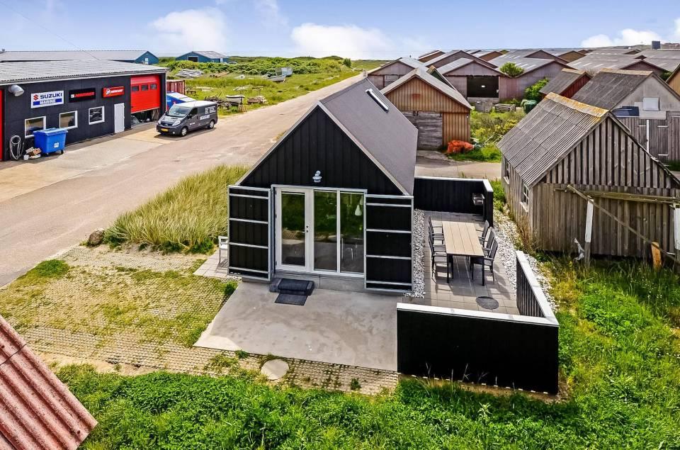gallery tiny fisherman u2019s shed cottage