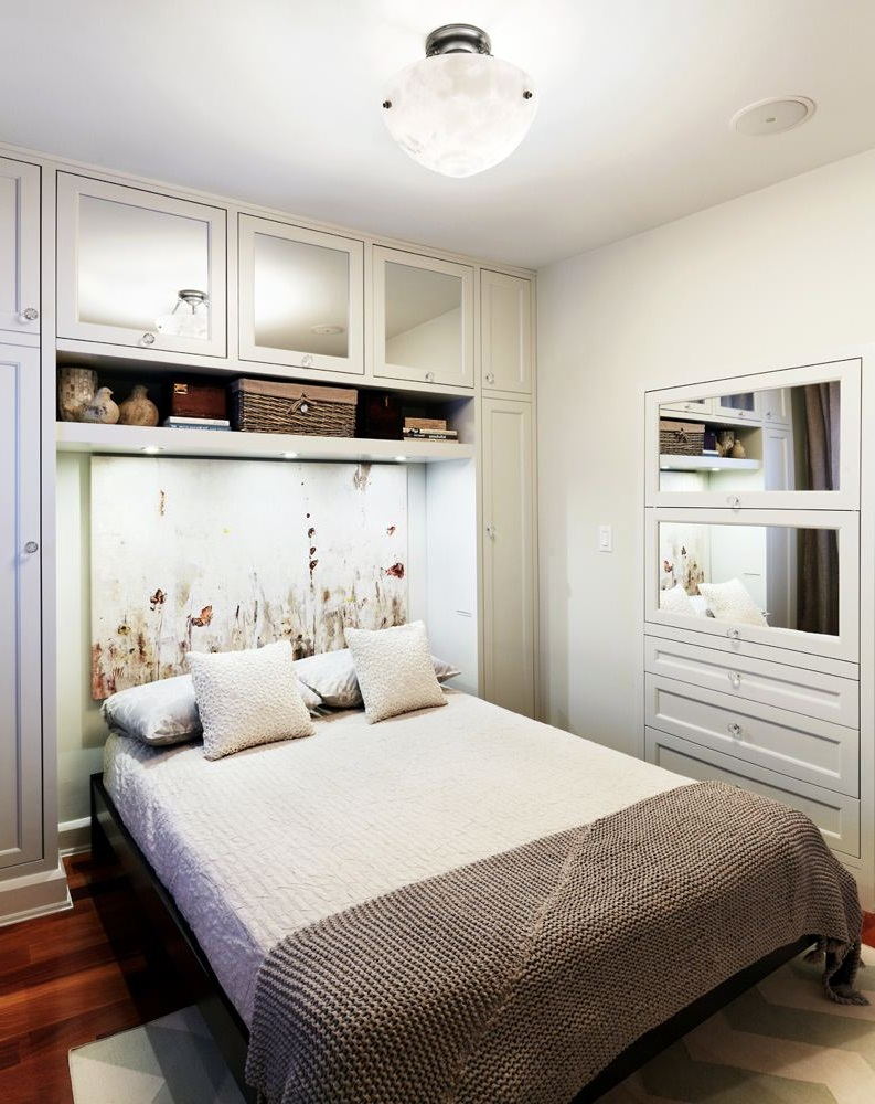 Small Master Bedroom With King Size Bed Pictures 003 Small Room Decorating Ideas