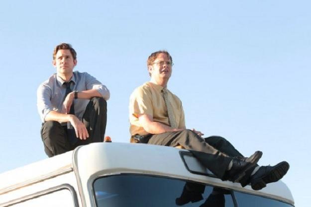 The-Office-Season-9-Episode-4-Work-Bus-7-550x366
