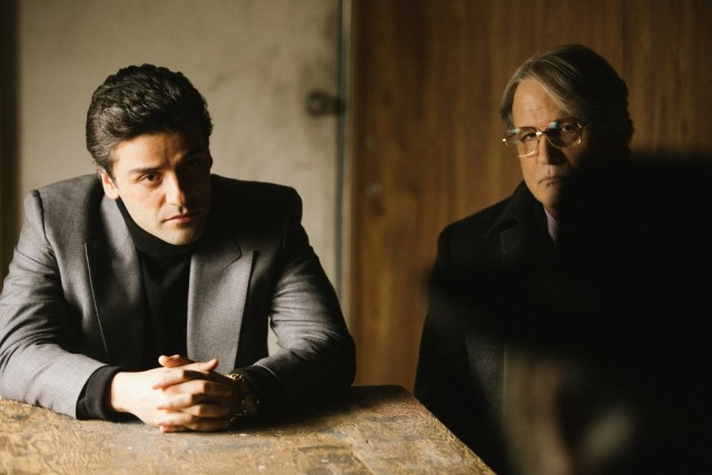 Oscar Isaac livre une performance tempérée et charismatique. (Crédit : StudioCanal)