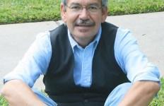 Benjamin Alire Saenz
