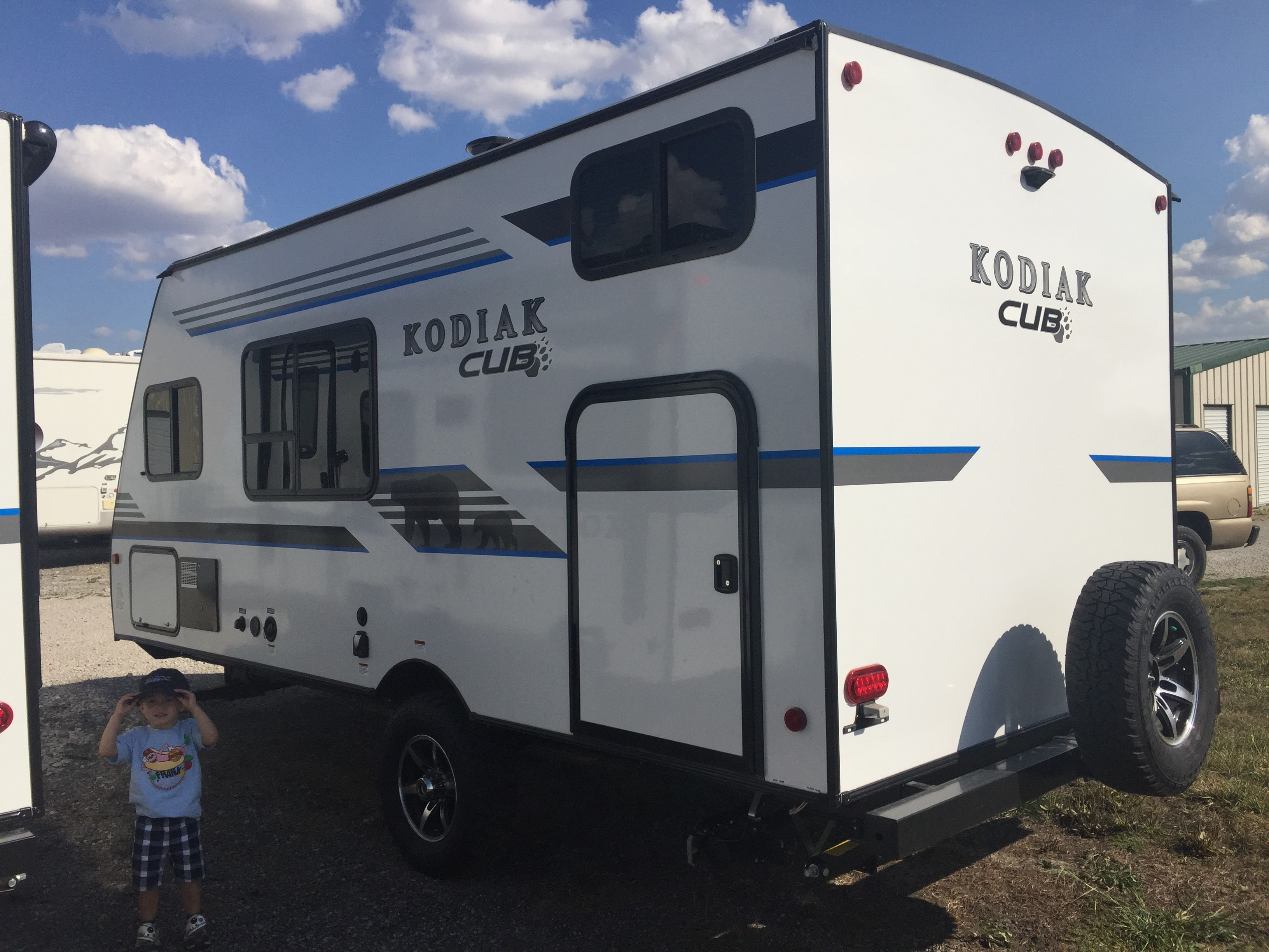 2018 Kodiak Travel Trailers Floor Plans Sunday Snapshot The Kodiak Cub 175bh The Small Trailer