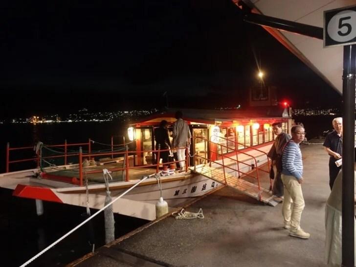 ナイトクルージングに使われる屋台船「御笠丸」の写真