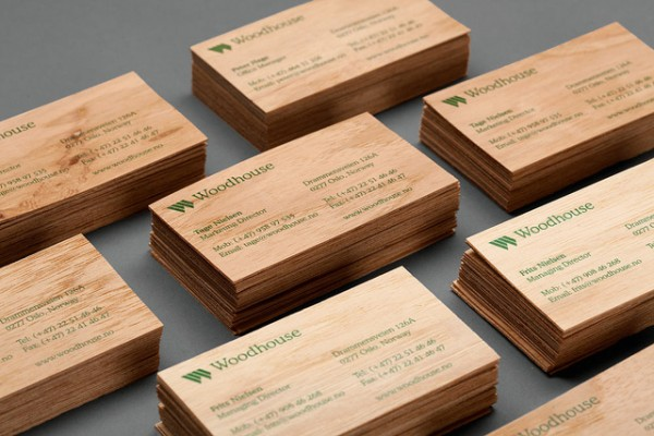 wood card 02 40 Creative Wooden Business Cards Inspiration