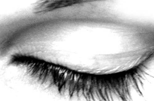 30 Free Sets of Eye Brushes for Photoshop