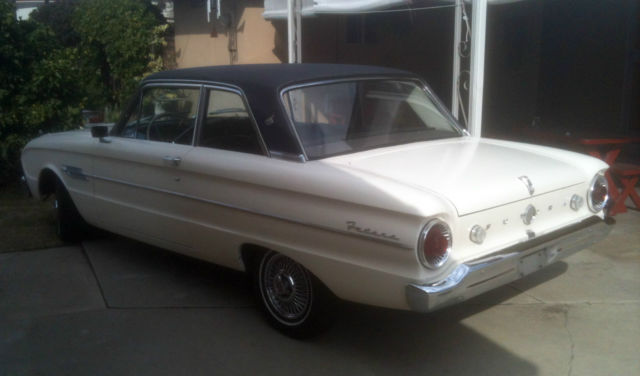 Top Spinner 1962 Ford Falcon Futura 2-door Coupe - Classic Ford Falcon